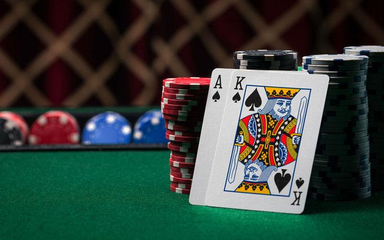 بازی-پوکر-در-سایت-گرندکازینو