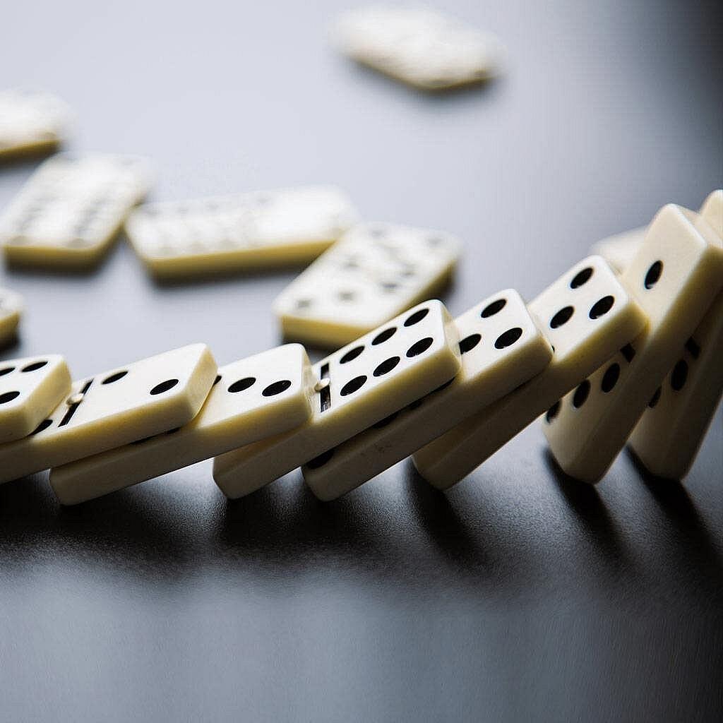 بازی-دومینو-چیست